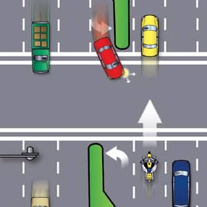 driver-turning-left-motorcycle